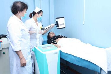 Hình ảnh bệnh nhân thăm khám tại phòng khám Trần Duy Hưng
